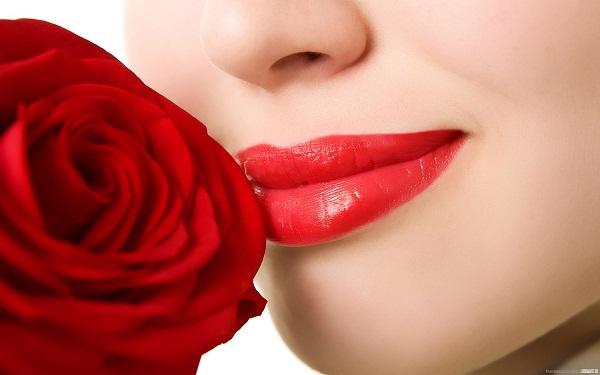 Thế hệ laser mới giúp xóa xăm môi một cách triệt để