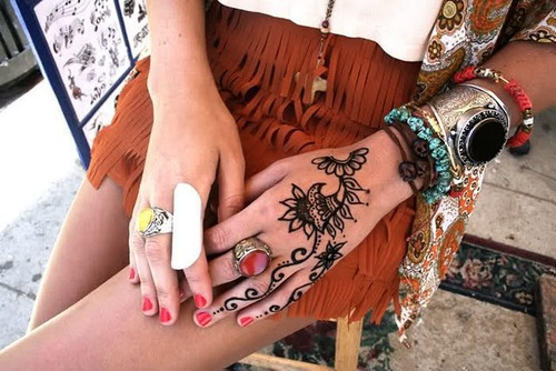 hinh-xam-henna-2
